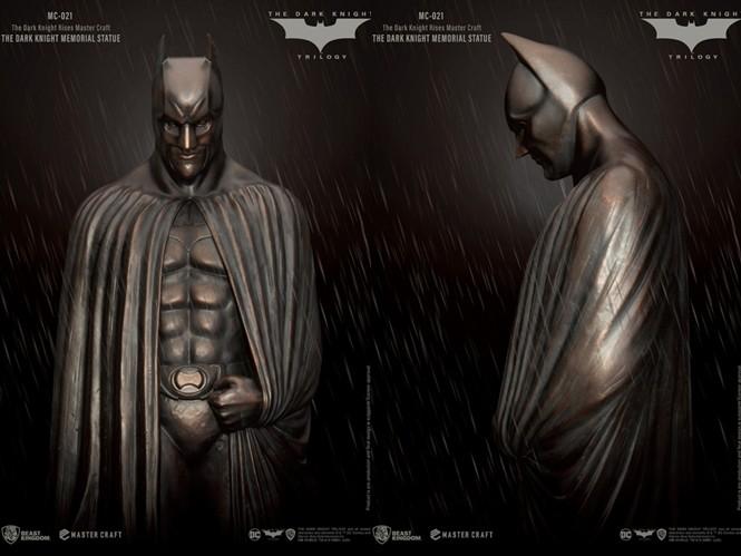 """周董要入手了没?施华洛世奇推出""""黑水晶版""""蝙蝠车同捆蝙蝠侠不到2万5"""